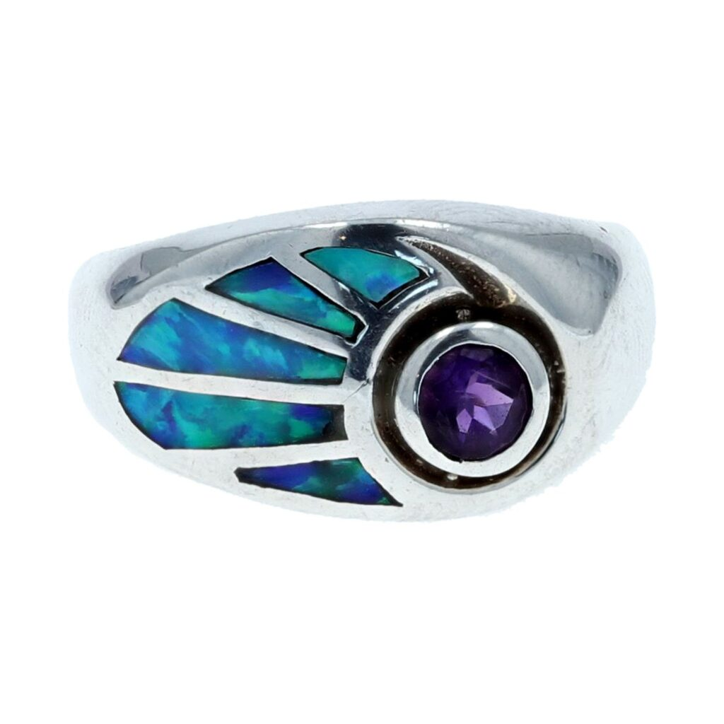 Abstract Silver Inlay Leaf Ring With Round Gemstone Accent