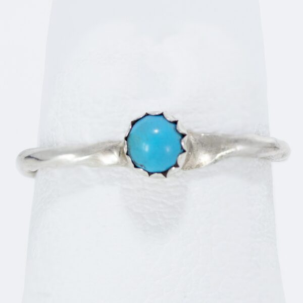 Single Turquoise Stone with Patterned Wire Ring